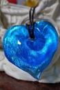 pendentif coeur bleu et feuille d'argent